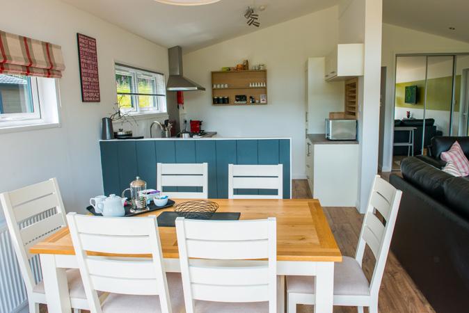 Dragonfly lodge kitchen/diner