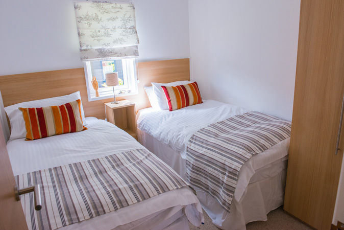 Pathfinder Tuscany twin bedroom