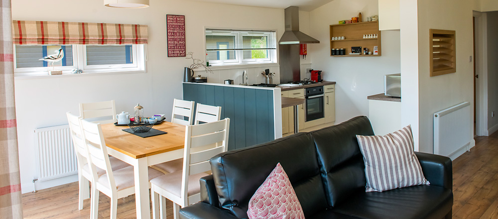 Pathfinder Tuscany open plan living/dining area