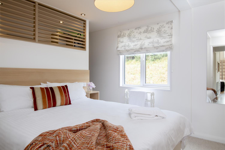 Dragonfly Lodge - Master Bedroom