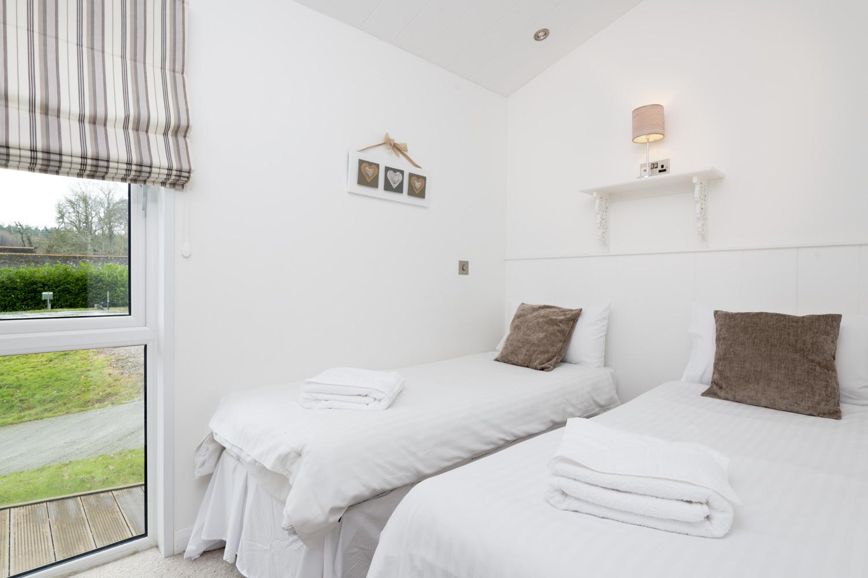 Lake Lodge 5 - Bedroom 2
