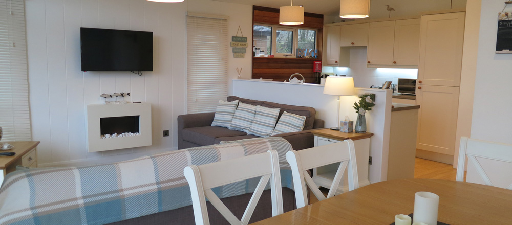 Kingfisher lodge lounge/diner