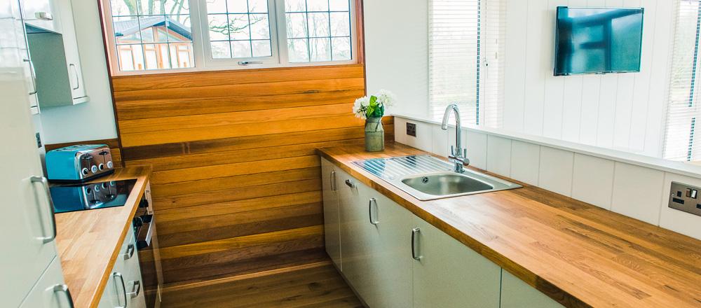 Waters Edge kitchen area