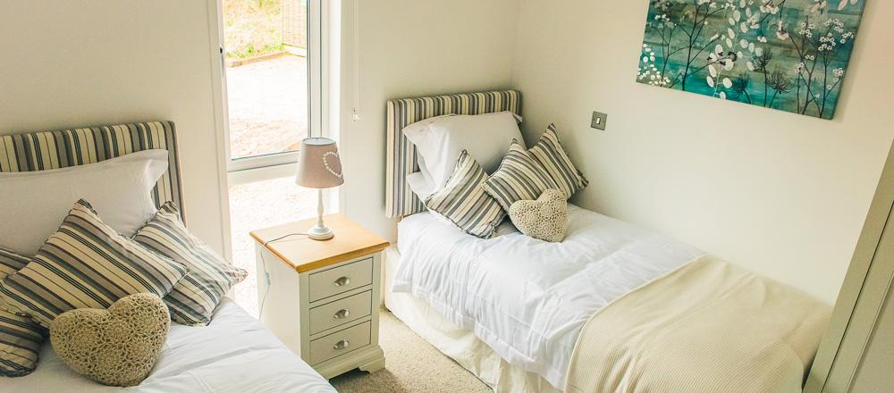 Kingfisher lodge - twin bedroom