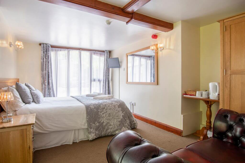 Double room in Groom Cottage (pet friendly)