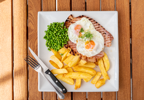 Lakeview Manor's gammon, egg and chips