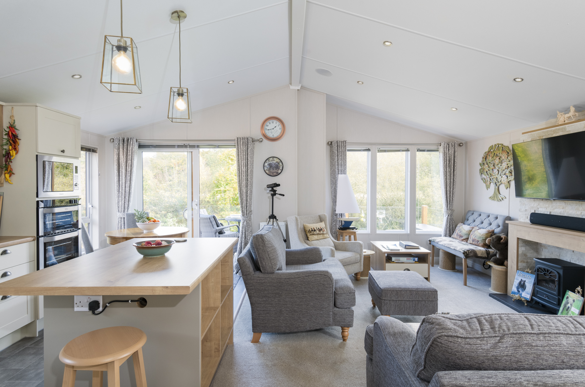 The bright and airy Lakeside Haven lodge