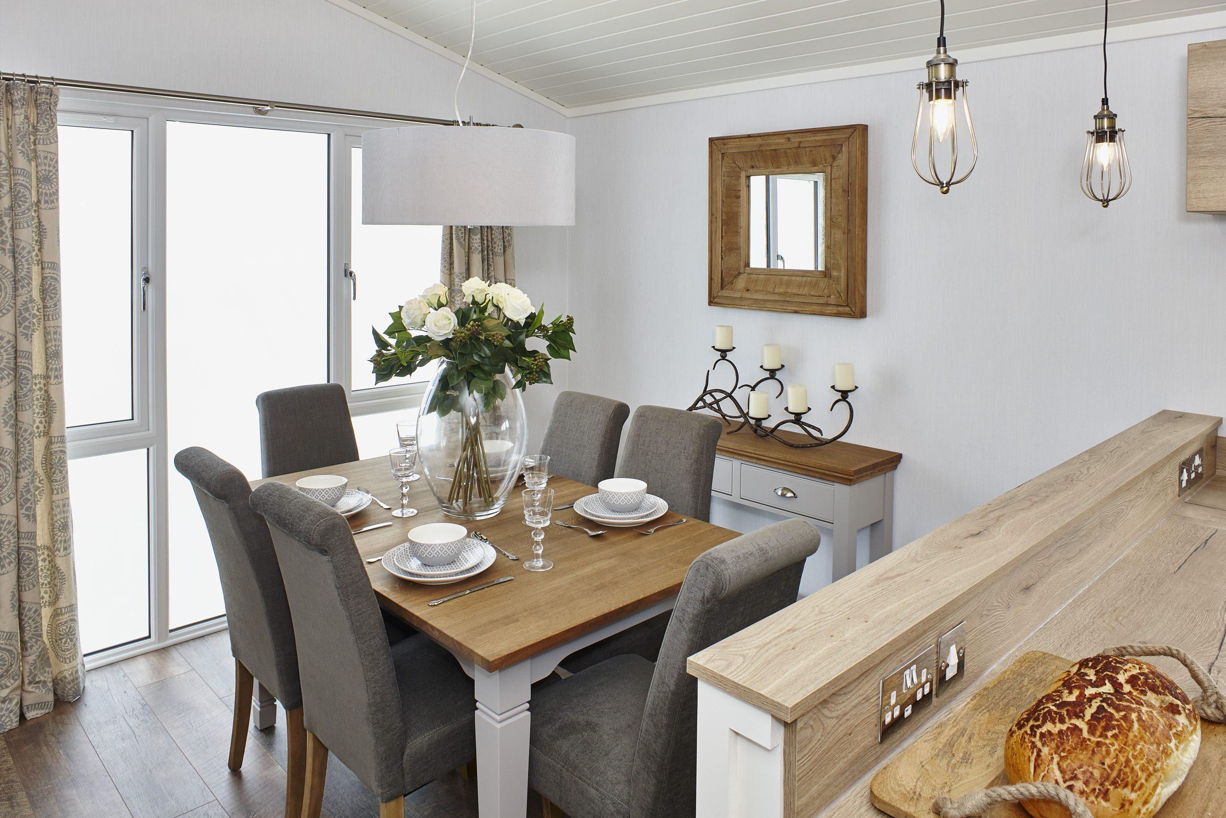The Muskoka lodge, dining room
